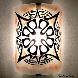applique en verre au motif d'un mandala ethnique