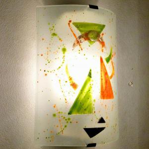 Applique murale eclairante blanche orange et verte design geometrique 5