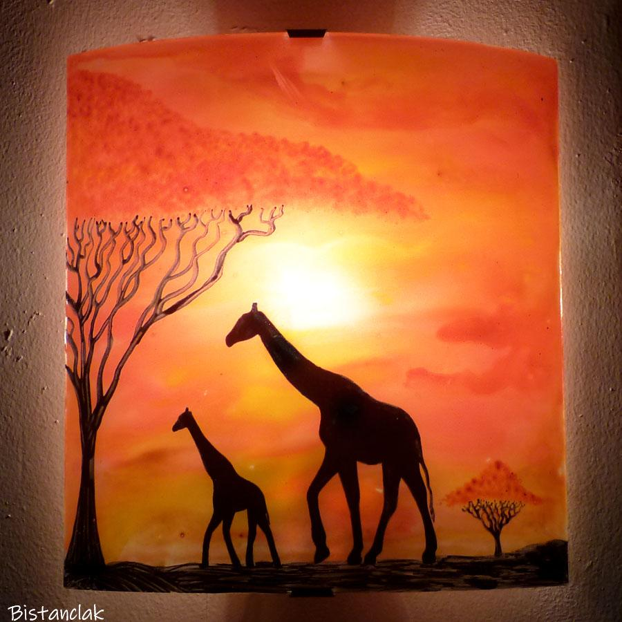 Applique murale en verre jaune orange rouge motif girafe grand format