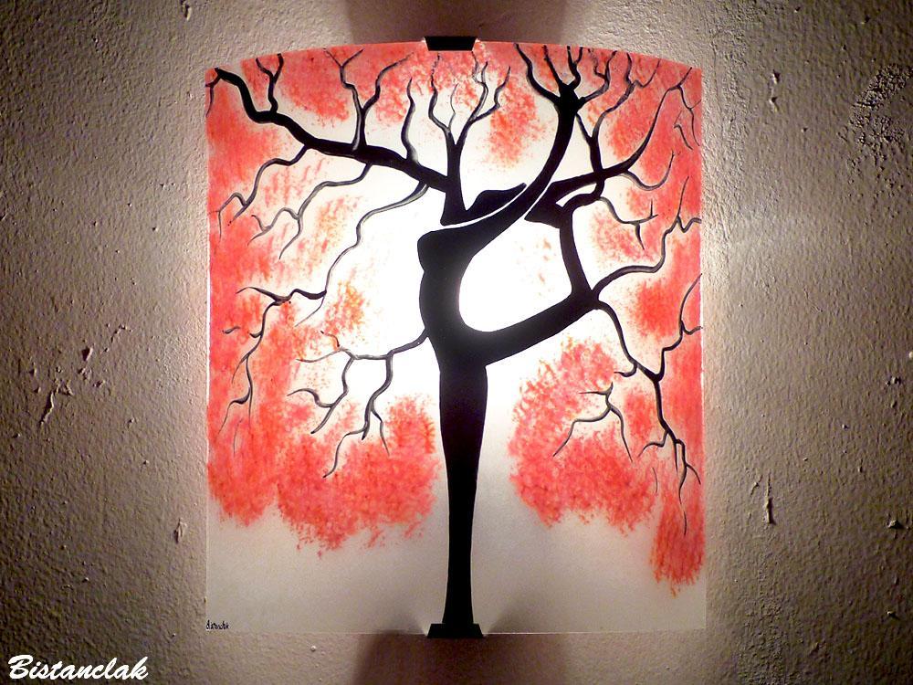 Applique murale en verre rouge et blanc arbre danseuse