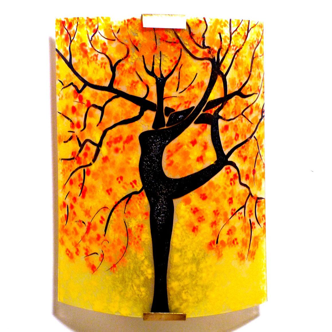 Applique murale jaune motif arbre danseuse rouge et orange 2
