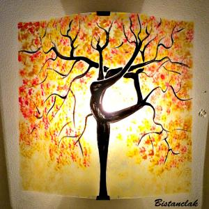 Applique murale jaune pastel orange rouge motif arbre danseuse 1