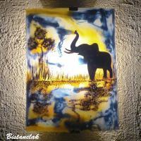 Applique murale motif reflet de l elephant en bleu et jaune orange
