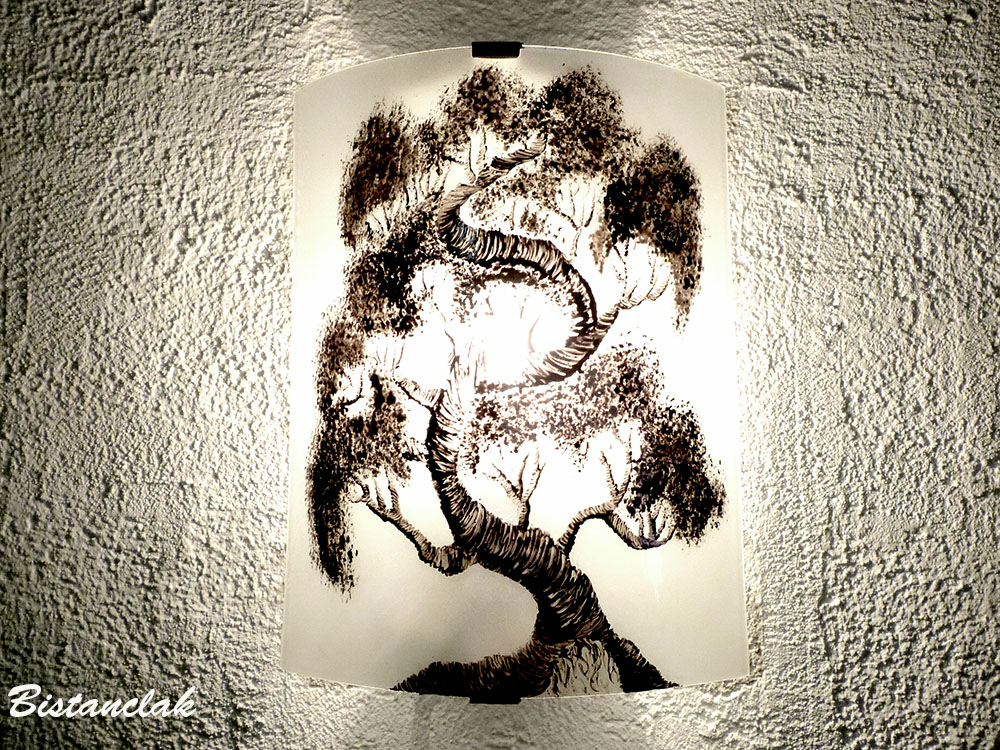 Applique murale noir et blanc bonsa for Decoration murale noir et blanc