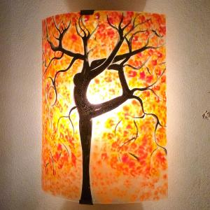 Applique murale orange motif arbre danseuse jaune et rouge 1