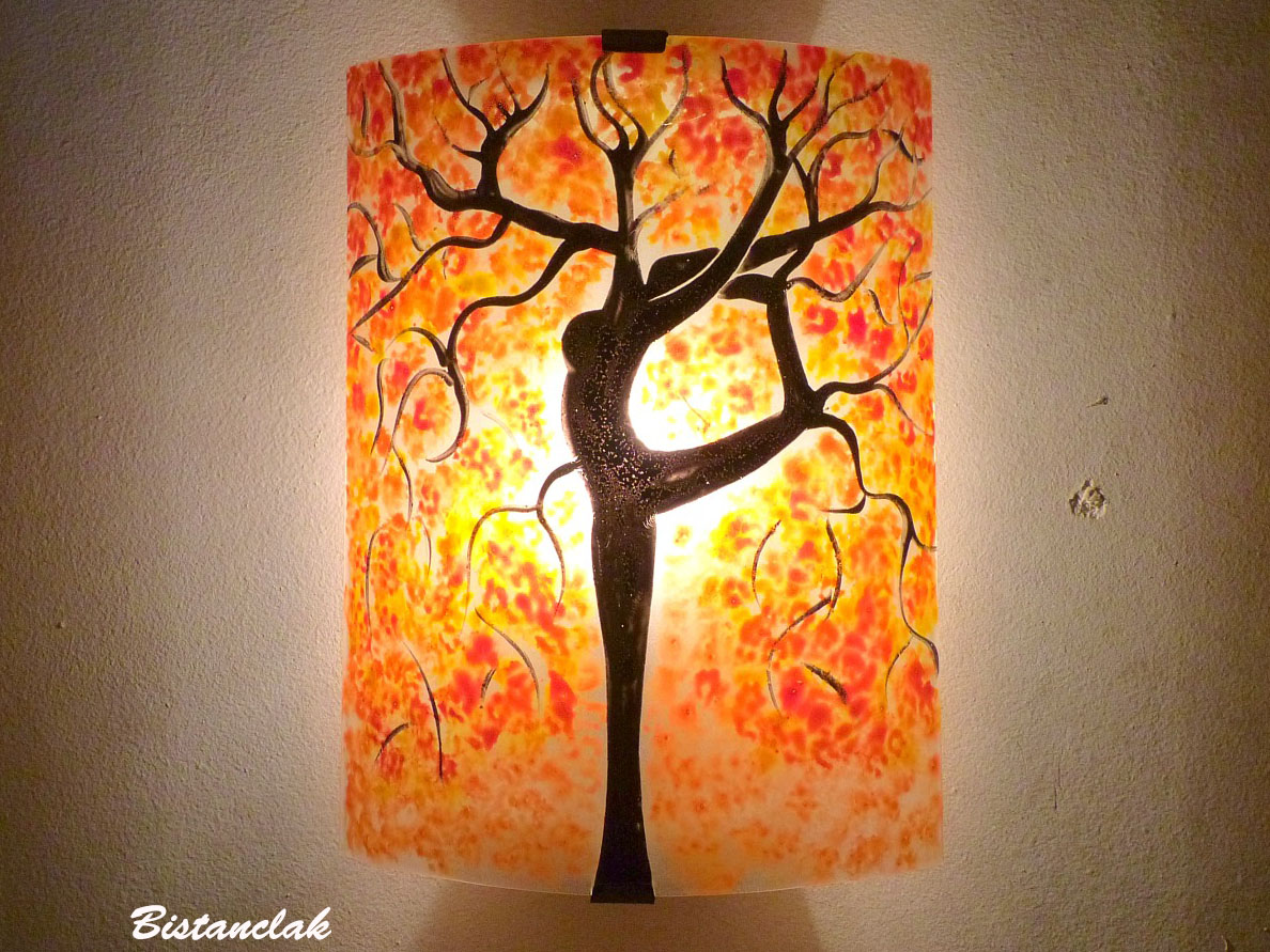 luminaire applique murale orange et rouge l 39 arbre danseuse. Black Bedroom Furniture Sets. Home Design Ideas