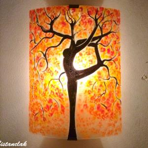 Applique murale orange motif arbre danseuse jaune et rouge 2