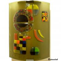 Applique d'ambiance géométrique taupe et multicolore inspire de gravite de kandinsky