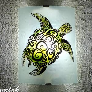 Applique murale motif tortue stylisée