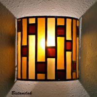 Applique murale vitrail demi-cylindre moderne ambre et rouge foncé