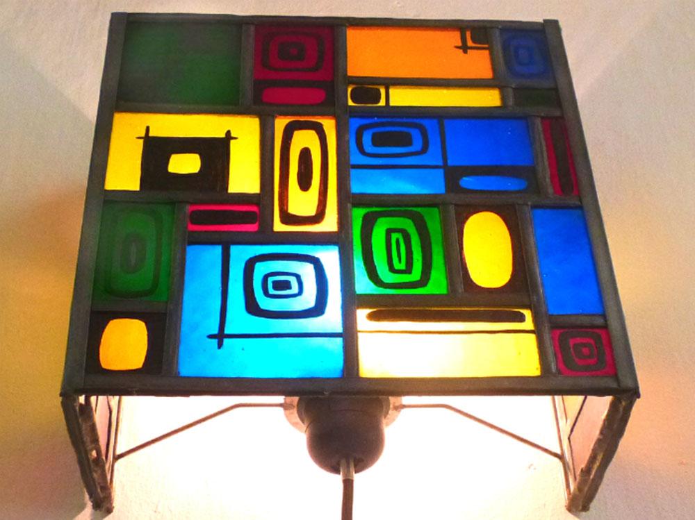 Applique murale vitrail multicolore et carres noir 1 1