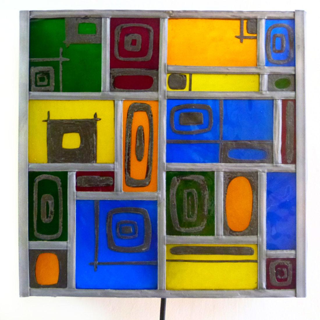 Applique murale vitrail multicolore et carres noir 3 1