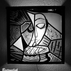 Applique murale vitrail personnalisable la liseuse inspiration picasso 5