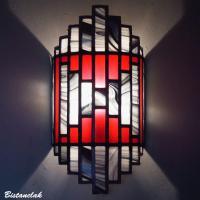 Applique murale vitrail colorée rouge, noir et blanc tendance art déco
