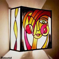 Applique vitrail multicolore visage de femme 2