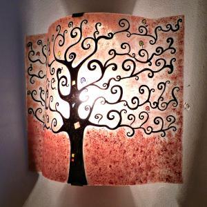 applique d'ambiance rouge motif arbre de vie