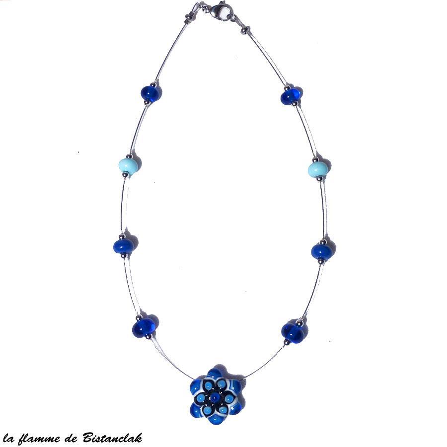 Bijou artisanal bleu en verre file