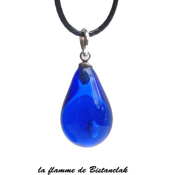 Bijou artisanal en verre file goutte de verre bleu roi transparent