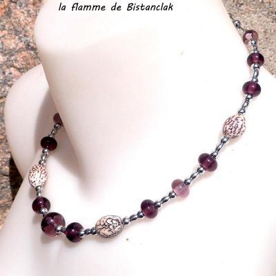 Collier perles de verre filé rose glycine et graines de bétel