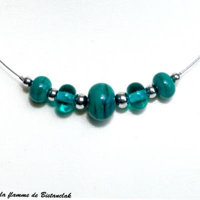Collier de perles de verre rondes bleu canard