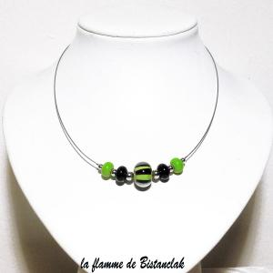 Bijou en verre file perles de verre rondes vertes et noires