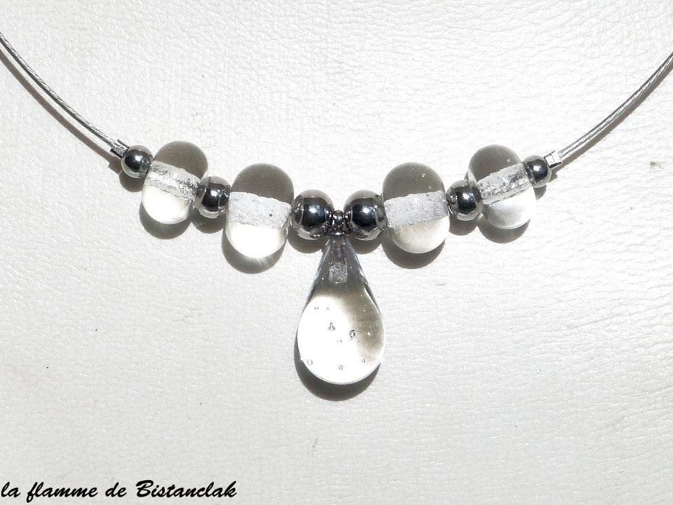 Bijou en verre transparent goutte et perles de verre file