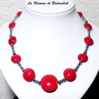 Bijoux rouge de perles de verre lentille