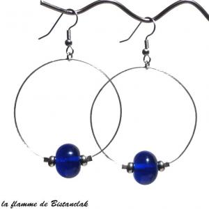 Boucles creoles et perles de verre bleu roi vendues en ligne