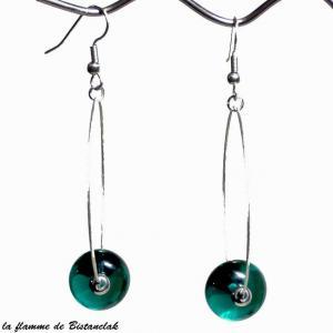 Boucles d oreilles creoles et perles de verre bleu canard transparent