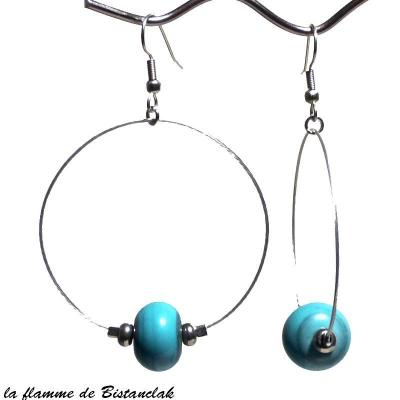 boucles d'oreilles créoles et perles de verre turquoise
