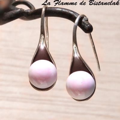 Boucle d'oreilles perle de verre rose pastel