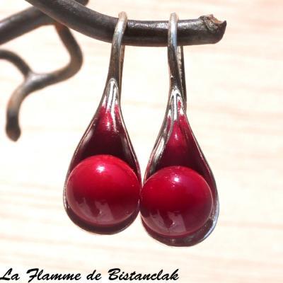 boucles d oreilles perles de verre rouge