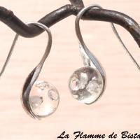 Boucles d oreilles modèle cuillere perles de verres transparentes