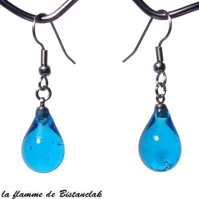 Boucles d oreilles goutte de verre bleu turquoise transparent bijoux artisanaux par bistanclak