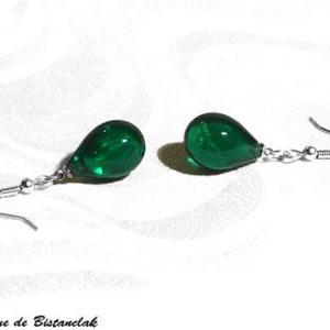 Boucles d oreilles goutte de verre file vert emeraude