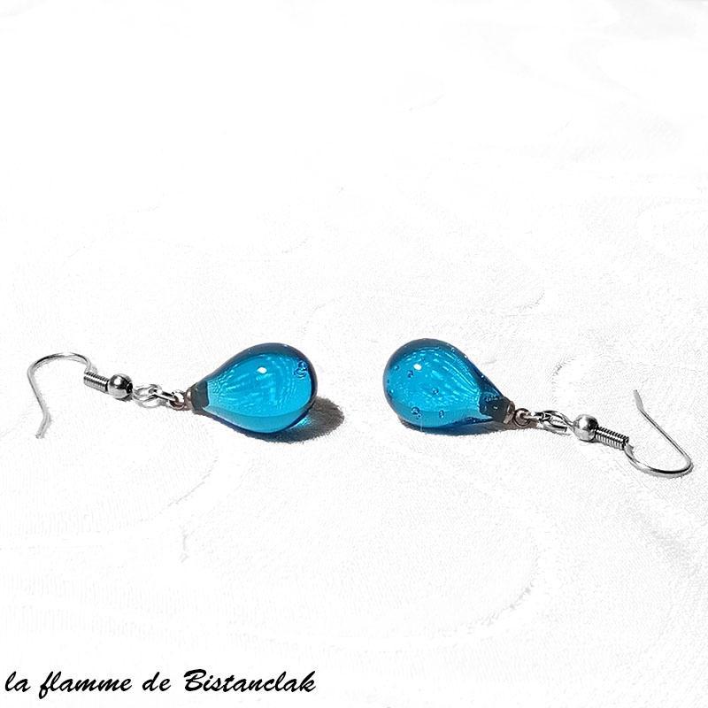 Boucles goutte de verre bleu turquoise transparent vendues en ligne