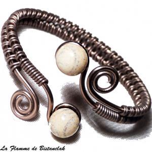 Bracelet artisanal a spirales chocolat perles de verre ivoire craquele gris 3