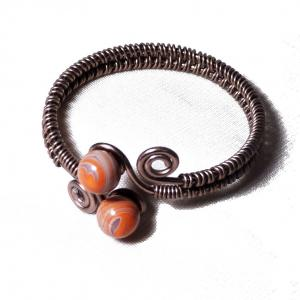 Bracelet artisanal spirale chocolat perles de verre violet et orange chamarre 3