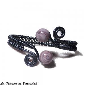 Bracelet artisanale tresse spirales noir perles de verre mauve glycine 3