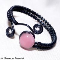 Bracelet cabochon rose en verre filé et spirale noir