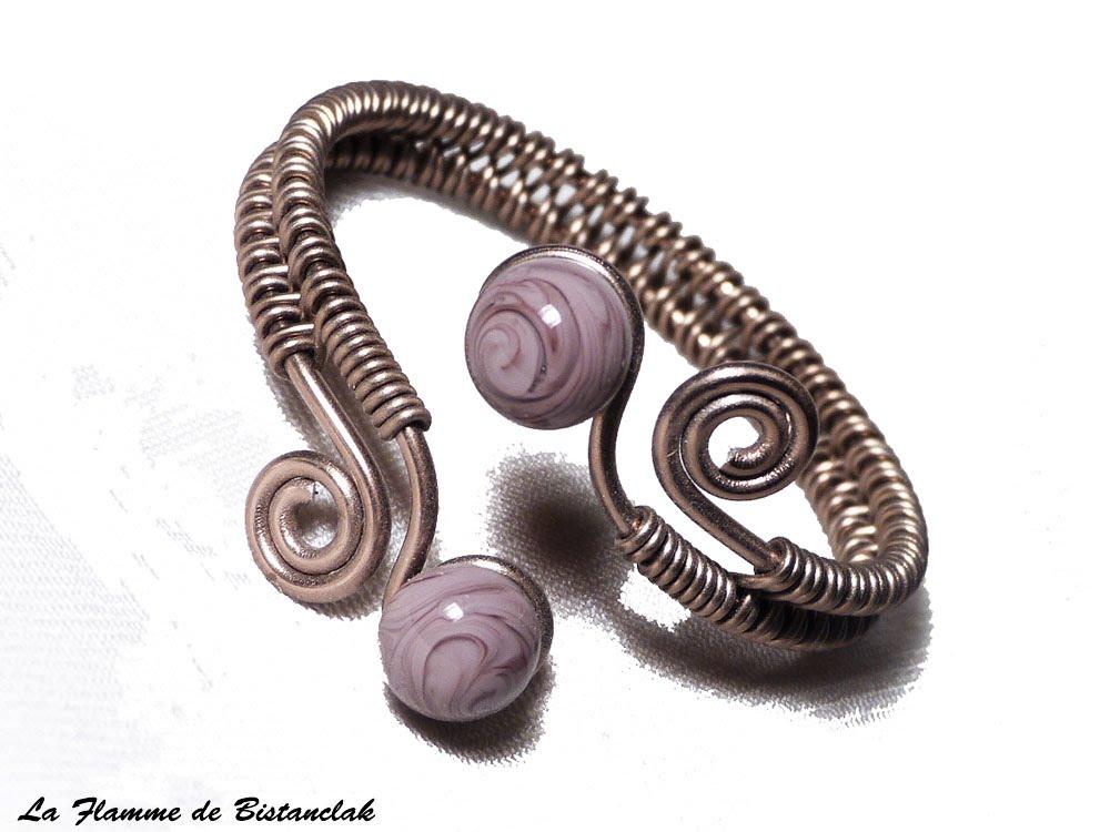 Bracelet tresse a spirales chocolat perles de verre glycine mauve chamarre 2