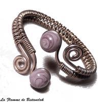 Bracelet tresse a spirales chocolat perles de verre glycine mauve chamarre 4