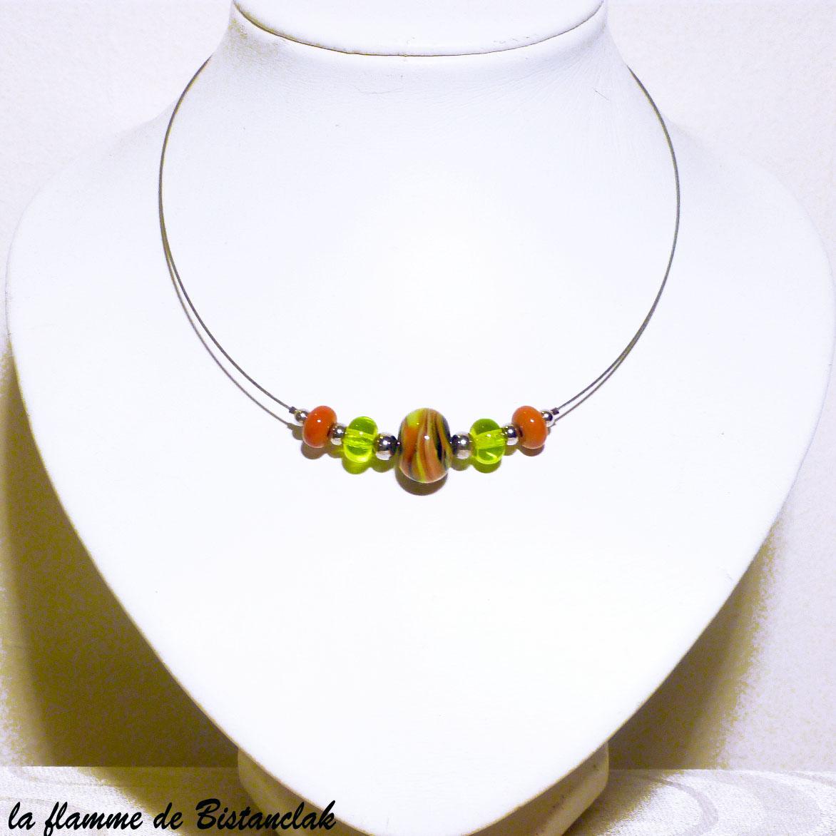 Collier de createur en perles de verre vert pomme et cuivre vendu en ligne