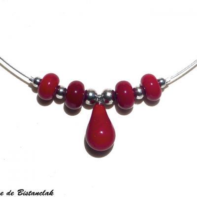 Collier rouge goutte de verre et perles rondes