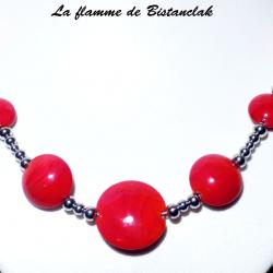 Collier rouge perles de verre plates