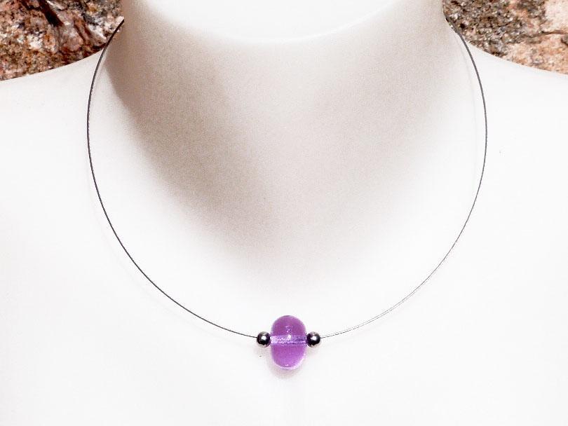 Collier perle de verre file couleur alexandrite change du rose au bleu