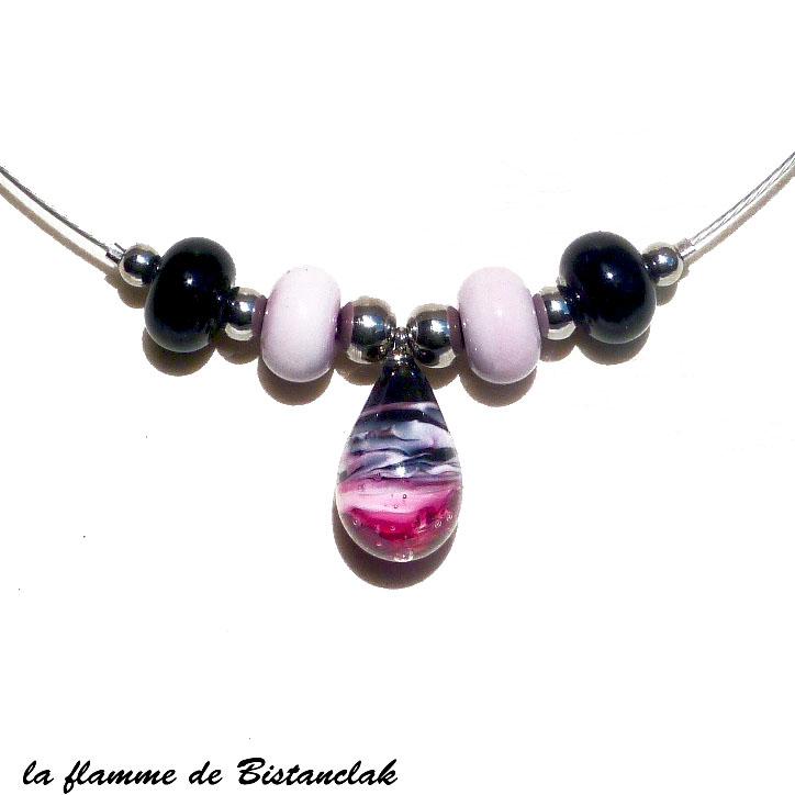 Collier perles et goutte de verre rose et noir vendu en ligne