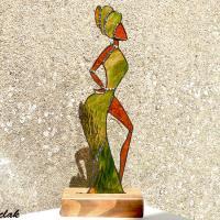 Deco vitrail tiffany danseuse africaine en vert