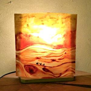 Lampe d'ambiance à poser motif paysage du désert; création artisanale française par Bistanclak