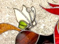 Detail cheval a bascule vitrail 2